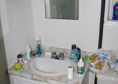 Unit #2 - 2nd Floor - Full Bathroom